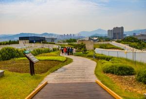 산책하기 좋은 세계에서 가장 긴 옥상정원!
