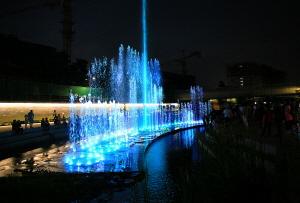여름밤 걷기 좋은 길 - 방축천 산책로 & 음악분수
