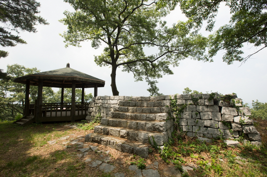 Iseong Fortress and Geumiseong Fortress