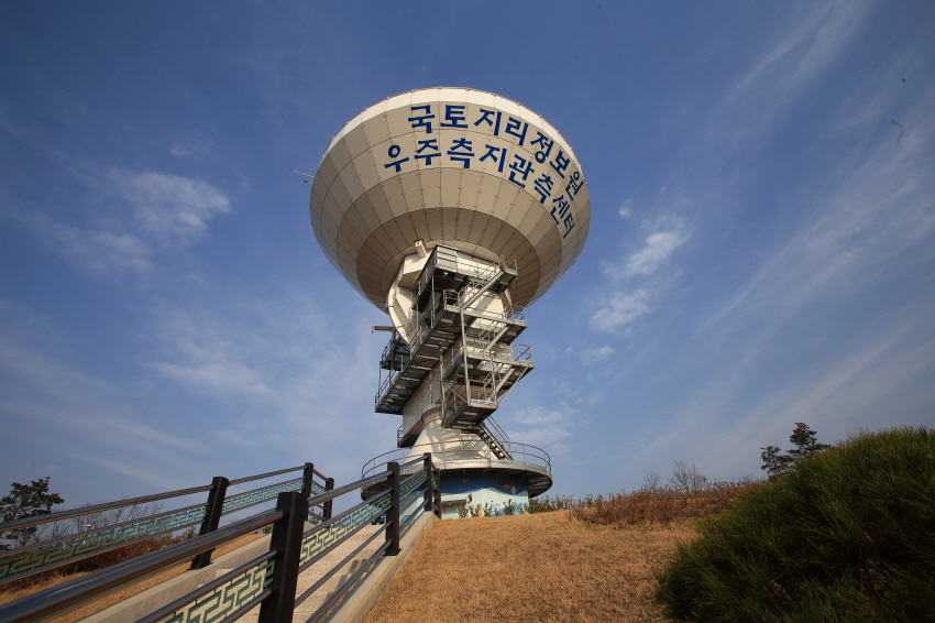 Space Geodetic Observation Center